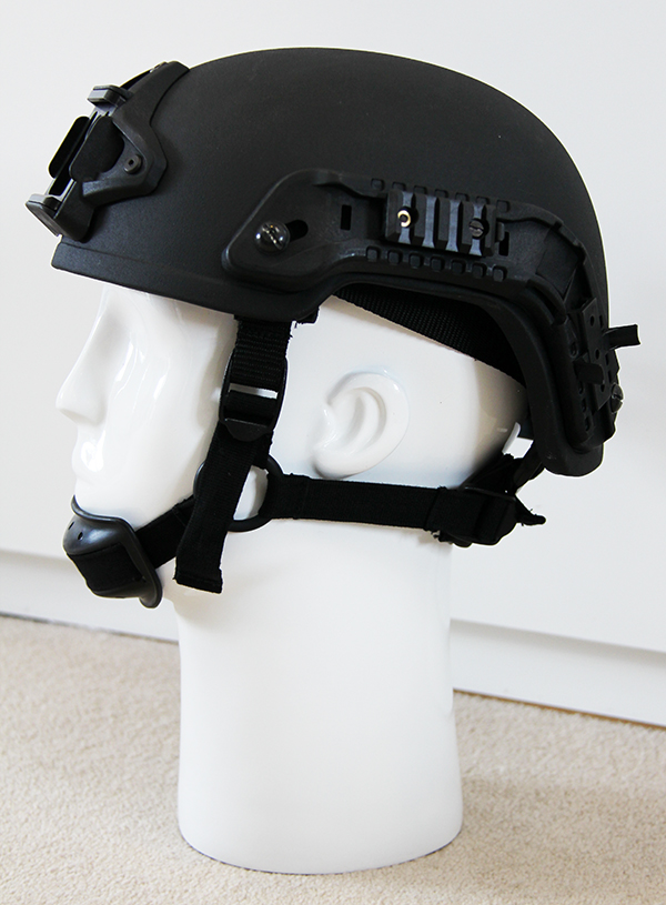 SF helmet with NVG mount, Rails and Velcro